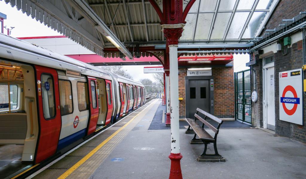 amersham-tube-step-free